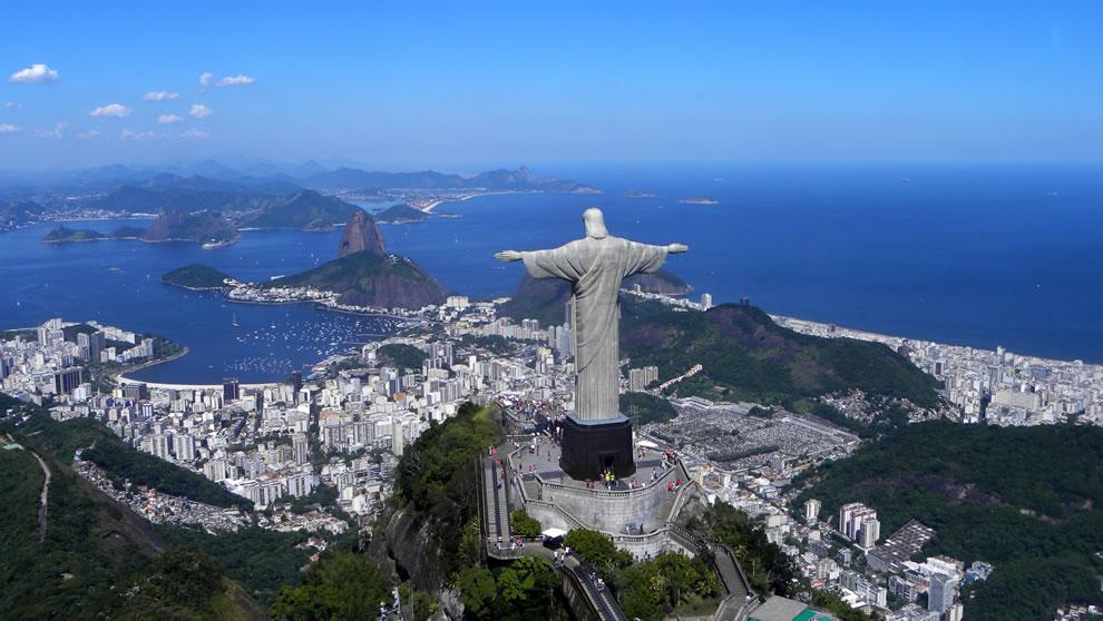 From-Back-Christ-the-Redeemer-overlooking-Rio-De-Janeiro
